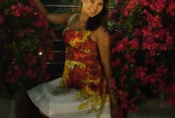 Мадина, специалист по Сингапуру