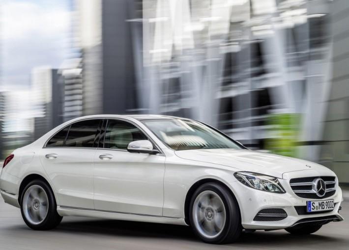 Трансфер аэропорт - отель (Mercedes C-E class)